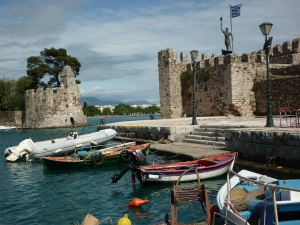 Harbour of Naupact, venetian citadel on the northern coast of Corinth's gulf. Place of the famous naval battle of Lepante where the Westerners ended the maritime hegemony of the Ottomans in 1571. During this battle Cervantès lost a hand.